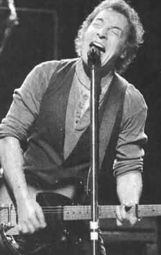 springsteen-with-capo