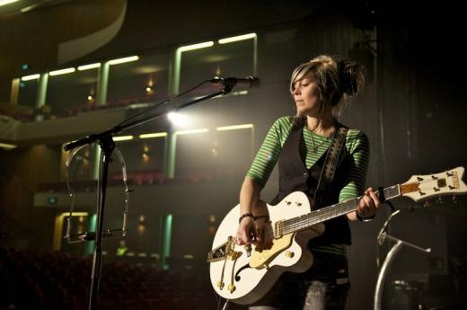 10 things I wish I'd known when I started leading worship – post by Vicky Beeching