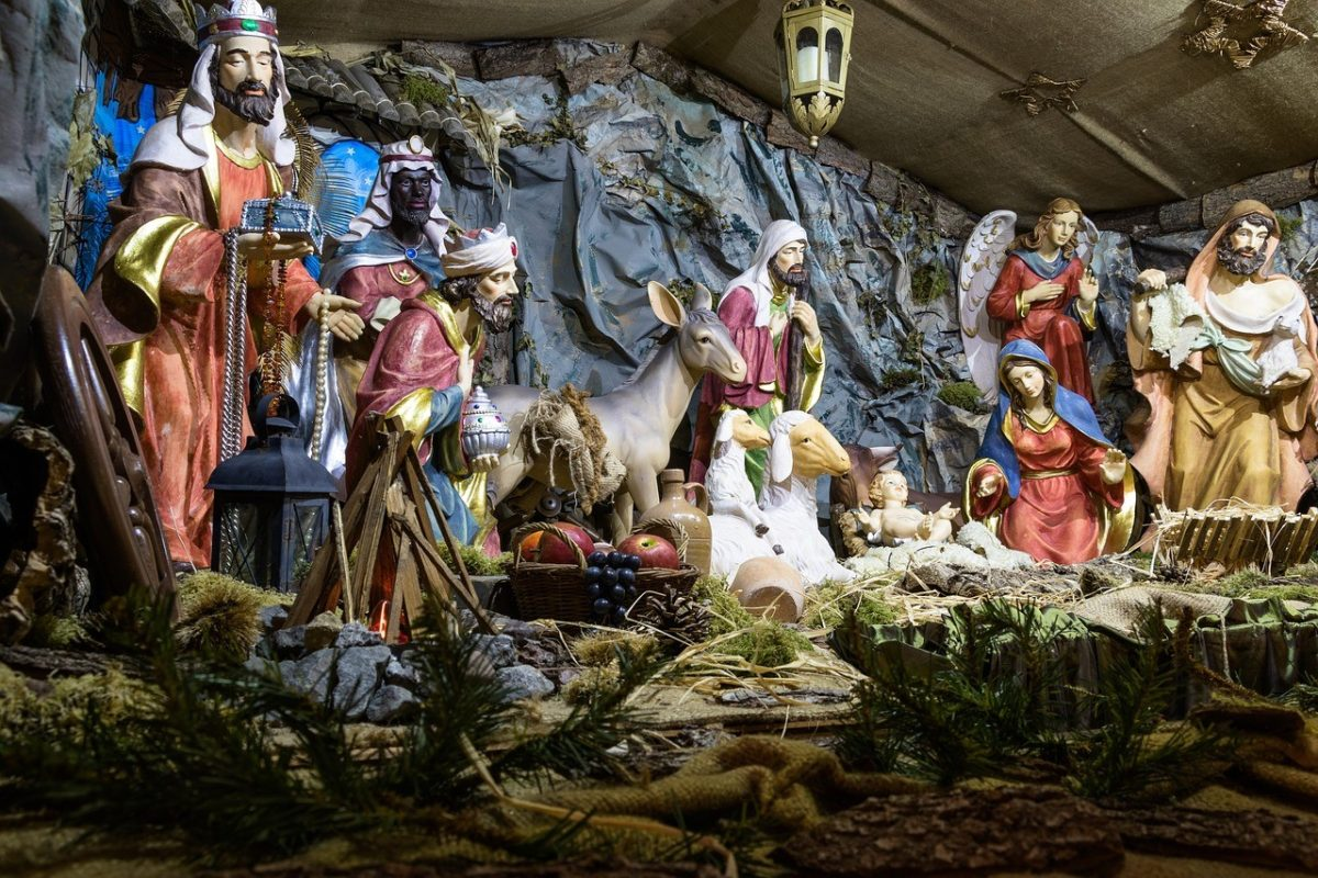 Merry Xmas – Are we really taking the Christ out of Christmas?