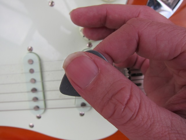 Ask the Expert – how can I stop my plectrum/pick slipping?