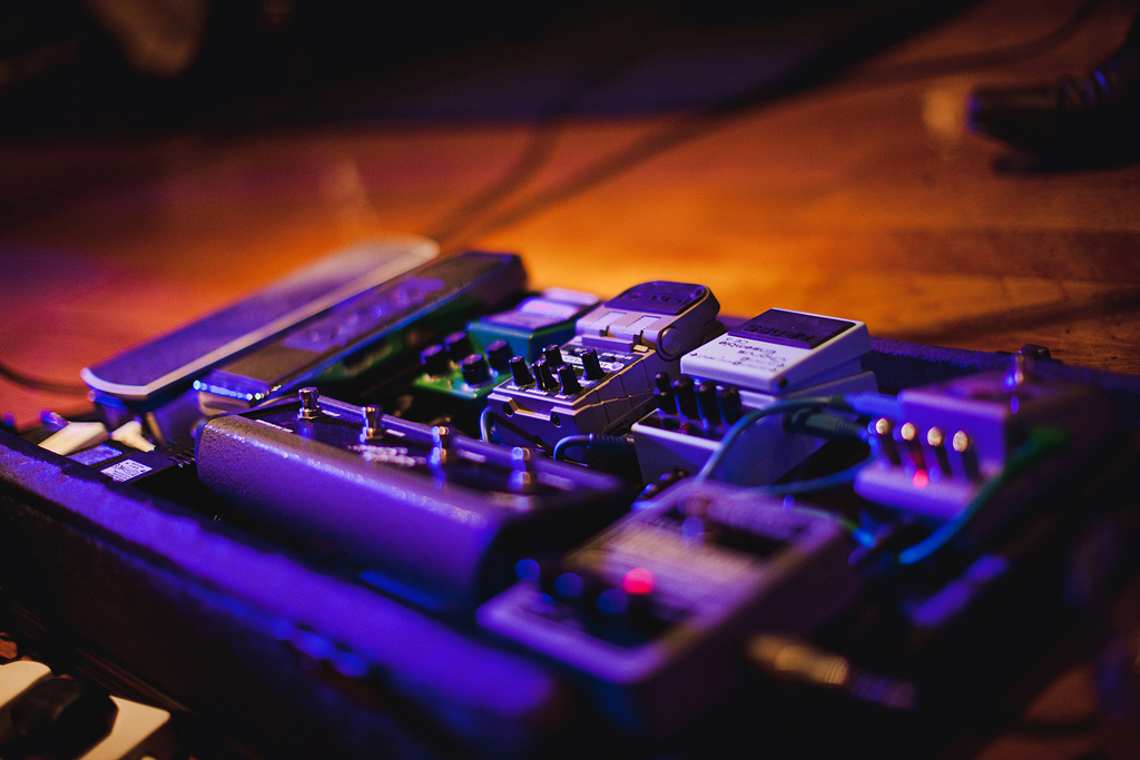 A step-by-step guide to the guitar effects used on a professional recording