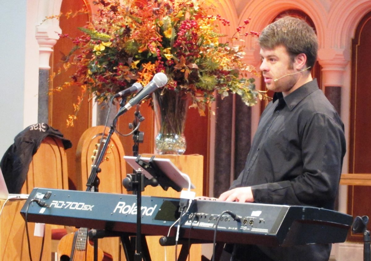 Tim Martin Worship Leading on Keys