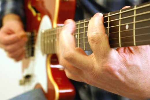 Tips for electric guitar soloing