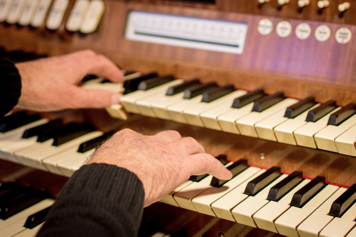 9 tips for organists: Leading worship in a traditional setting