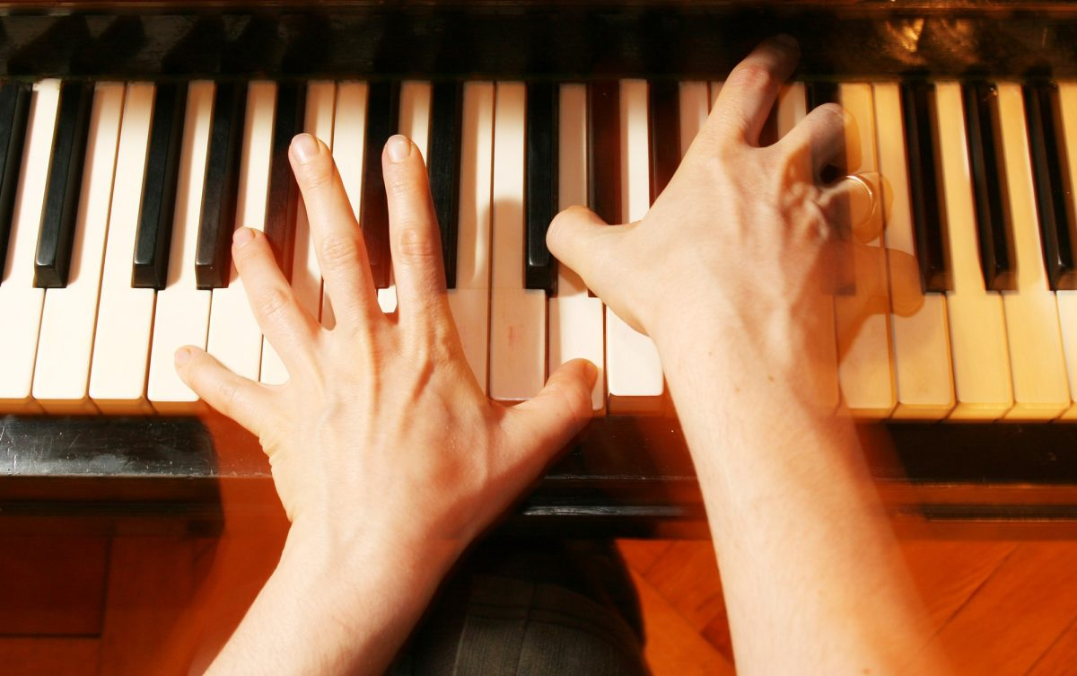 Contemporary worship songs for piano alone