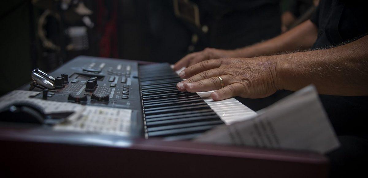 Free worship keyboard resources